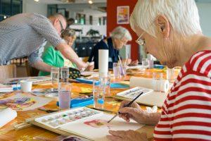 Demenztherapie - Spaß, künstlerisch zu gestalten