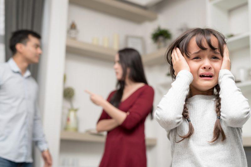 2017: rund 76.900 Ehepartner mit Kindern geschieden