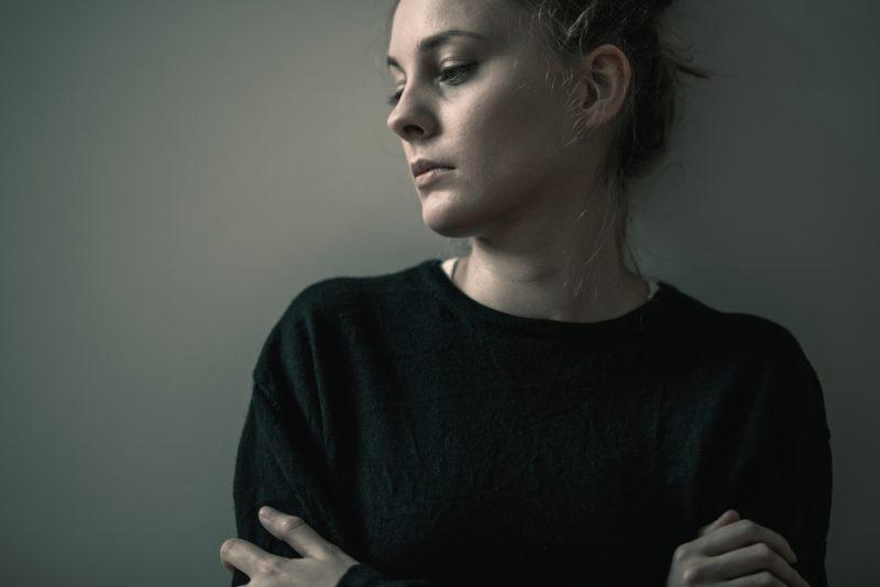 Wiederkehrende Flashbacks sind ein häufiges Symptom einer PTBS.